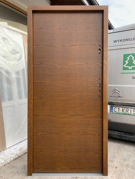 Drzwi zewnętrzne drewniane Gładkie od ręki dąb grube 75mm