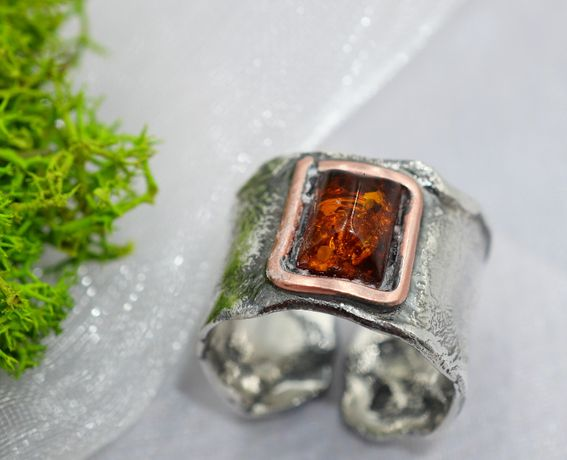 Przepiękny pierścionek ze srebra z BURSZTYNEM 2