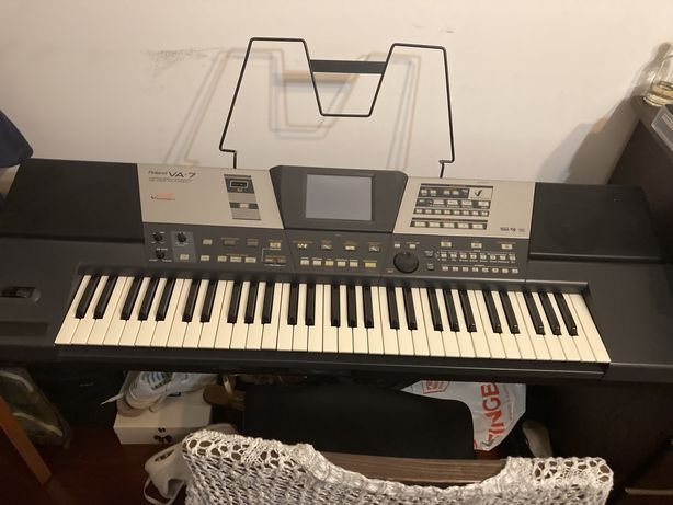Teclado Roland VA 7, mais emulador de disquetes