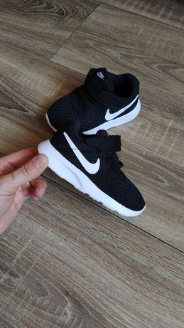 J.nowe Nike Tanjun Adidasy buty sportowe chłopięce czarne r.22