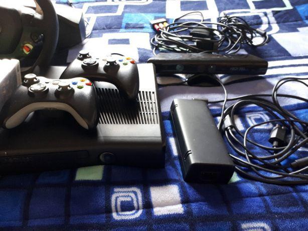 Xbox 360 quase nova