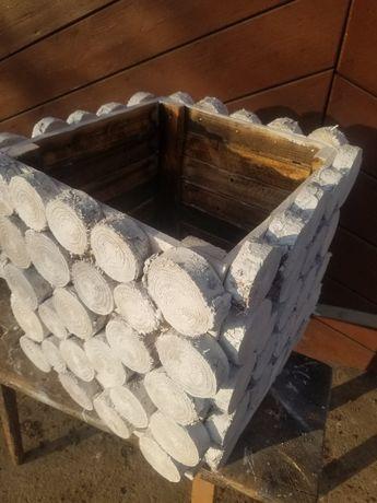 Donica z plastrów duża drewniana wykonana ręcznie 48x48x48