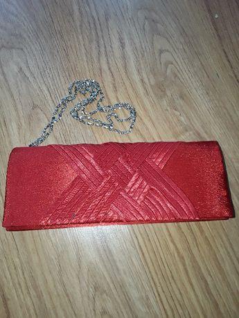 Nowa czerwona torebka sylwester mała kopertówka satynowa łańcuszek