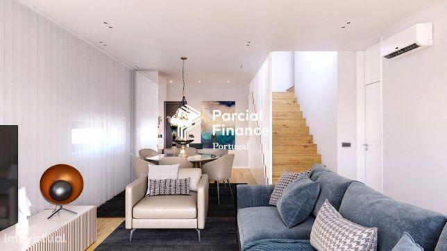 Novo Duplex T3, 3 suites, terraço e varandas,  junto ao Campo Pequeno.