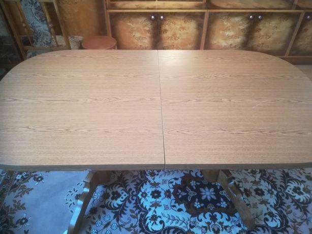 Stół pokojowy