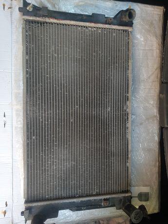 Радиатор Toyota Avensis t25