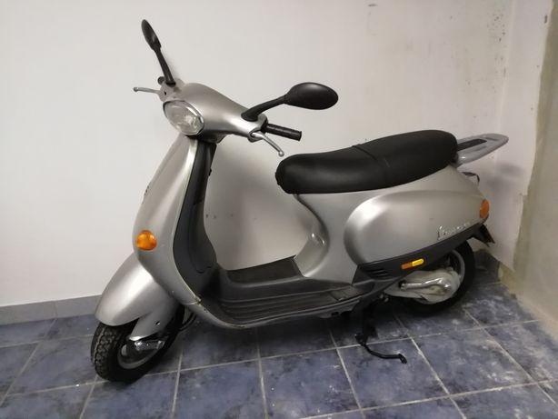 Vespa 50 ET2, impecavel