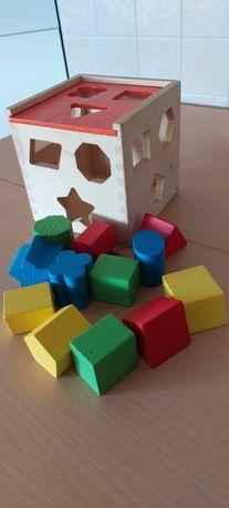 Brinquedo de encaixe de madeira +6m
