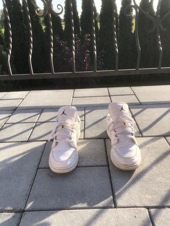 Nike Jordan 1 Low rozmiar 40