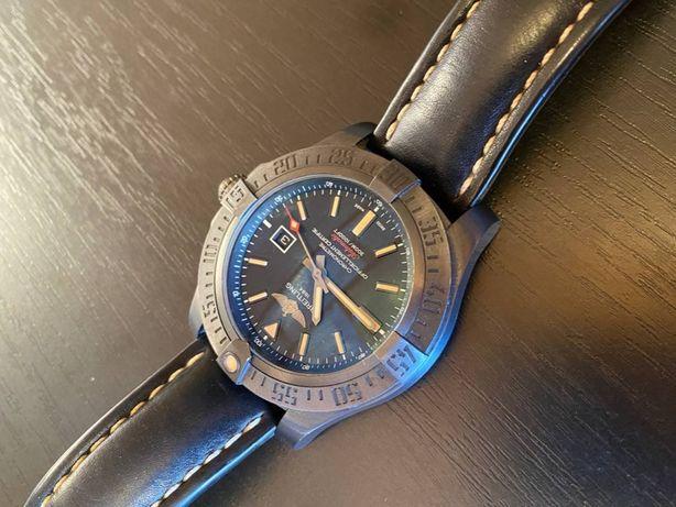 breitling avenger blackbird 44 чоловічий годинник V17311101B1W1