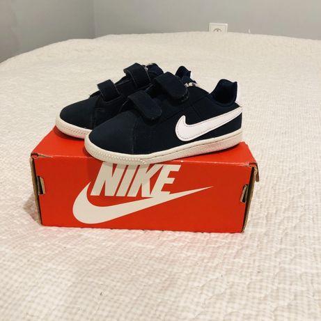 Buty Nike Court 23,5
