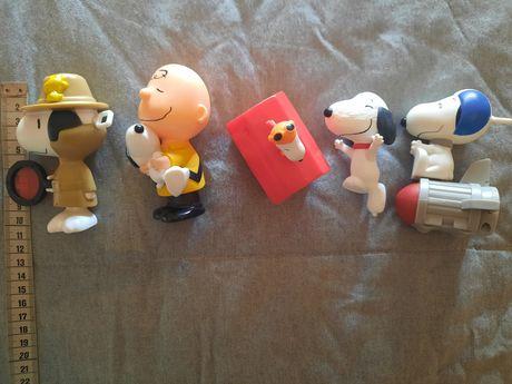 Vendo figuras Charlie Brown e Snoopy