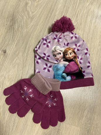 Комплект disney шапка перчатки новый