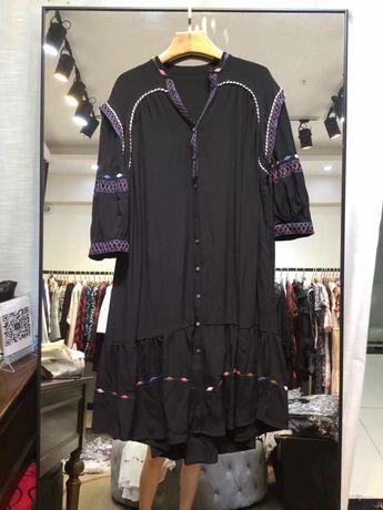 Czarna sukienka kolorowy haft model Zimmermann M/L/XL