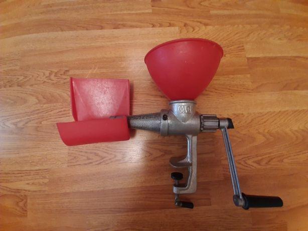 Мясорубка для помидор механическая