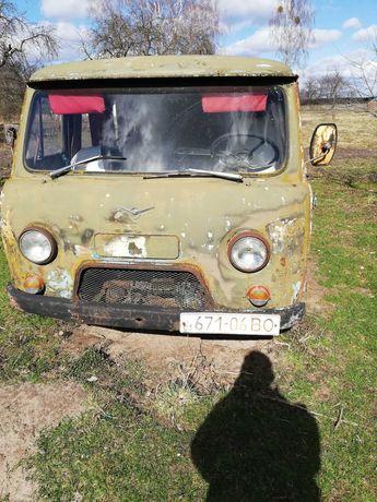 Продам автомобіль УАЗ 452