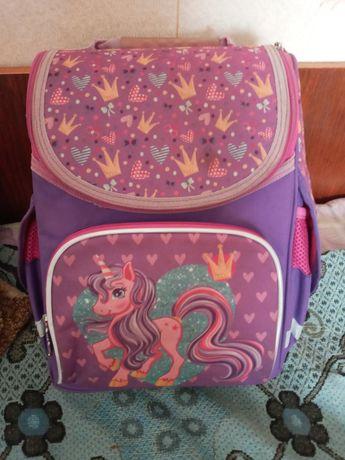Продам рюкзак для 1 - 2 - го класса