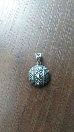 Кулон подвеска с камнями серебро 925 пробы Тайланд вес 1,9 г