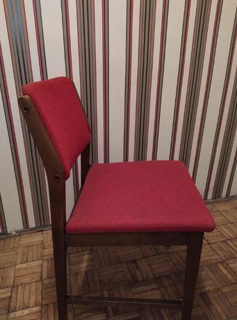 Krzesło tapicerowane drewniane PRL