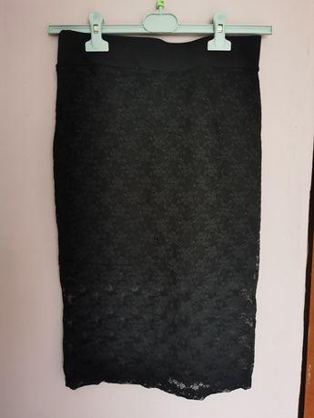 Spódnica do kolan koronkowa czarna M/L
