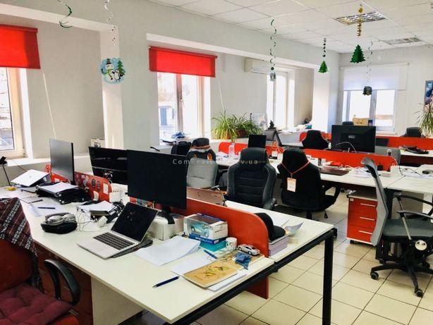 Без %. Аренда офиса в БЦ на ул. Межигорская, 144 м.кв., 2 этаж