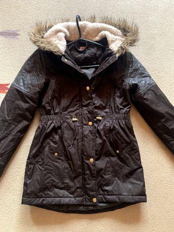 Zimowa parka, płaszcz z futerkiem F&F na metr 152, stan idealny