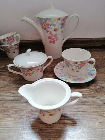 Serwis kawowo obiadowy Fine Royal Porcelain,odbiór tylko osobisty