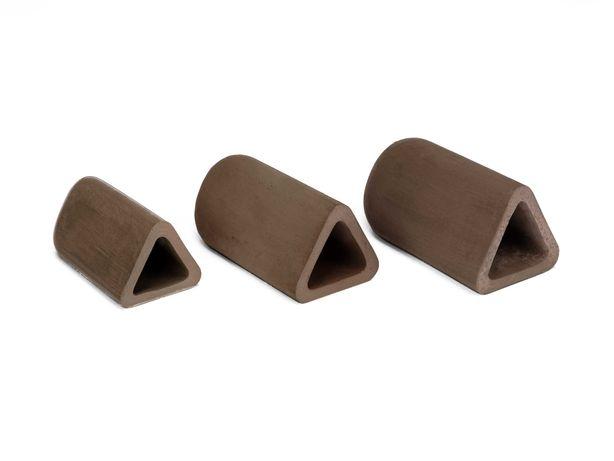 Grota tarliskowa dla zbrojników, glonojadów kształt trójkątny