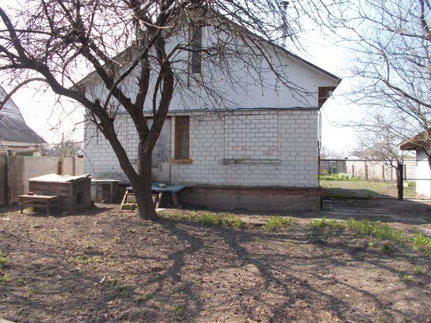 Продам 1\2 часть дома 40 м2 и приватизированный участок  г. Чернигов