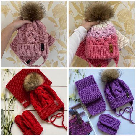 Вязаная детская шапка и хомут ручной работы для девочки. Зимняя шапка.