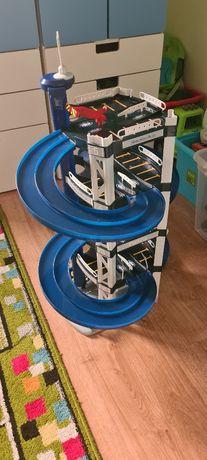 Garaż tor zabawkowy Mercedes dla dzieci