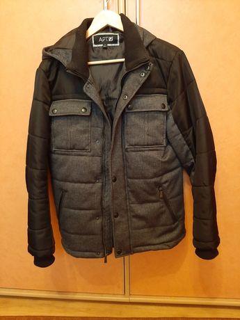 Демісезонна куртка для підлітка 13 - 16 років .