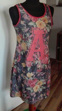 Dresowa sukienka w kwiaty reserved 38