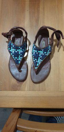 Sandálias de senhora