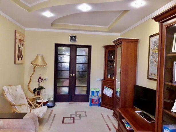САДЫ 3 комнатная с евроремонтом и мебелью