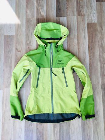Трекинговая куртка Arcteryx мембранная штормовая, S