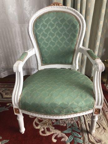 Fotel Ludwik po renowacji