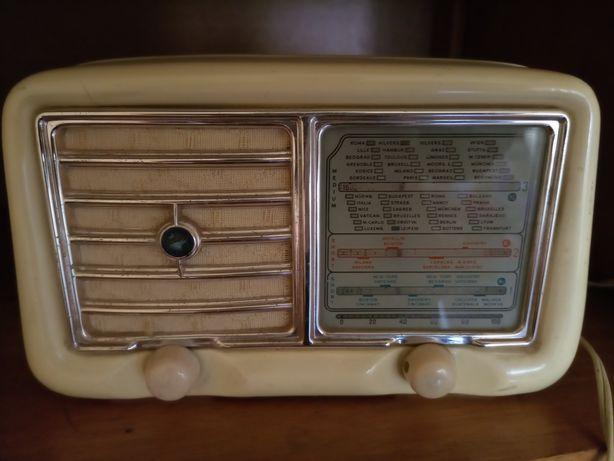 Rádios antigos para colecionadores