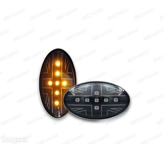 CONJUNTO DE INDICADORES LATERAIS MINI R50 / 52 / 53 01-06 LED PRETOS