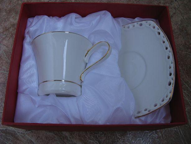 Чайная пара фарфоровая чашка с блюдцем в упаковке