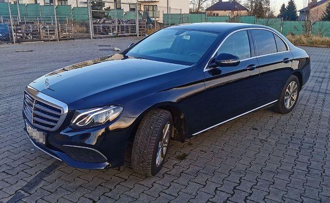 CESJA Mercedes E klasa W213 E220d 194KM 18r SALON POLSKA IDEALNY