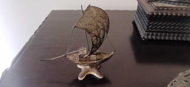 Barco rabelo em prata filigrana