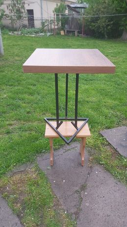 Столик для ноутбука, журнальний
