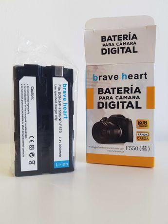 Baterias NOVAS NP-F570 / F550 / F330 / F750 p/ Sony 3000mAh