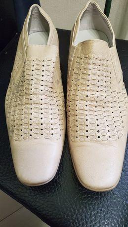 Туфли мужские светлые 43 размер