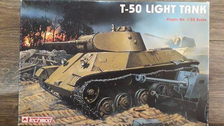 Сборная масштабная пластиковая модель танк Т-50 Techmod