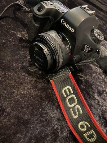 Canon 6D com lente 50mm