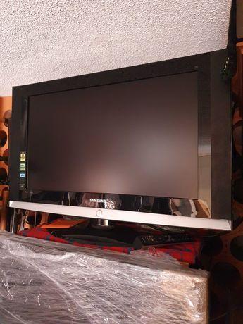 TV Samsung LCD grande