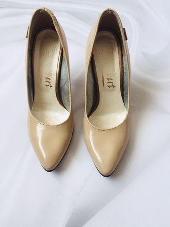 Лодочки туфлі