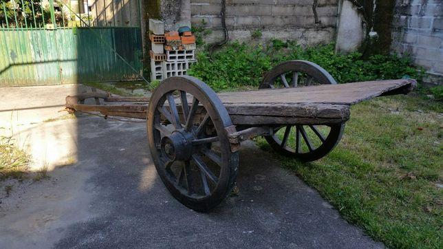 Carro de boi antigo